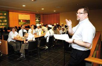Bruno coutant directeur de restaurant avenance groupe - Directeur de restaurant ...