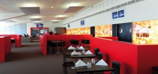 L 39 a roport de toulouse blagnac s 39 offre un restaurant for Du bruit dans la cuisine blagnac