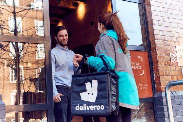 Amazon prend pied chez Deliveroo
